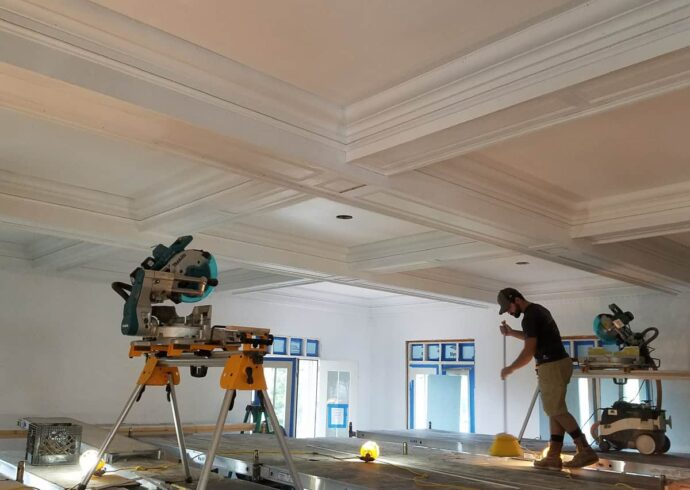 Crown Molding Services-College Station TX Professional Painting Contractors-We offer Residential & Commercial Painting, Interior Painting, Exterior Painting, Primer Painting, Industrial Painting, Professional Painters, Institutional Painters, and more.